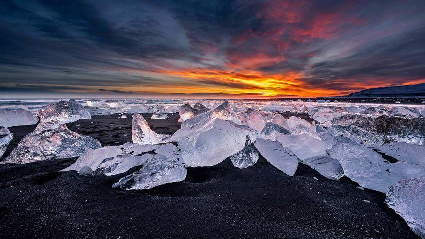 「ダイヤモンドビーチ」アイスランド, ヨクルサルロン湖