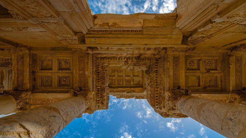「ケルスス図書館」トルコ, エフェソス