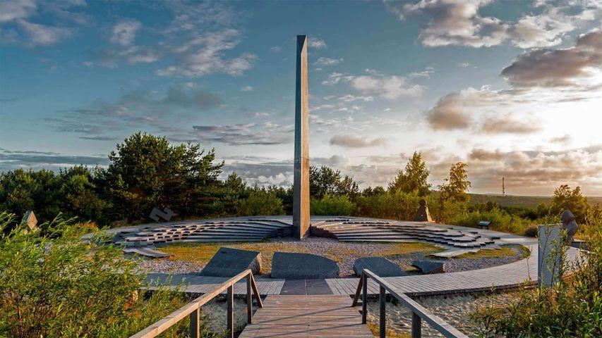 「パルニディス砂丘の日時計」リトアニア, クルシュー砂州