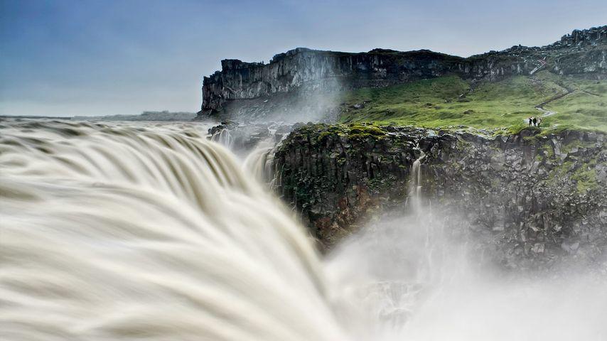 「デティフォスの滝」アイスランド, アゥスビルキ