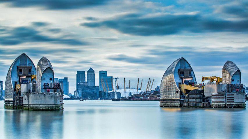 「テムズ川水門」イギリス, ロンドン