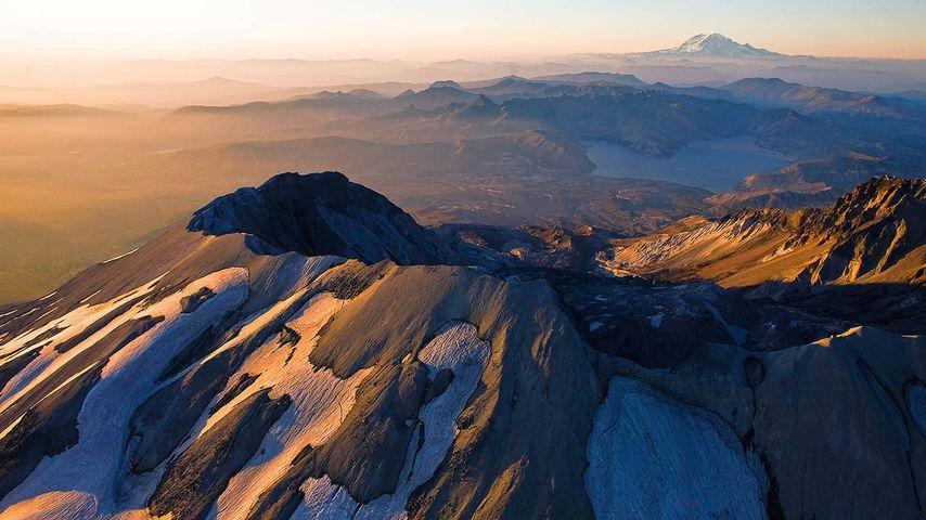 「セント・ヘレンズ山」アメリカ, ワシントン州