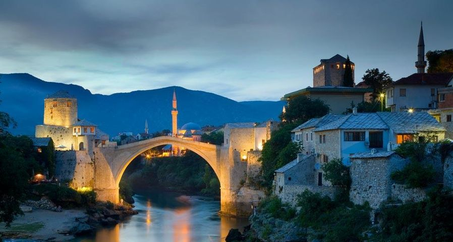 「スタリ・モスト橋」ボスニア・ヘルツェゴビナ, モスタル, ネレトヴァ川
