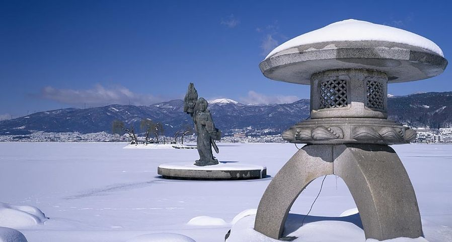 「初島の八重垣姫像」長野, 諏訪湖