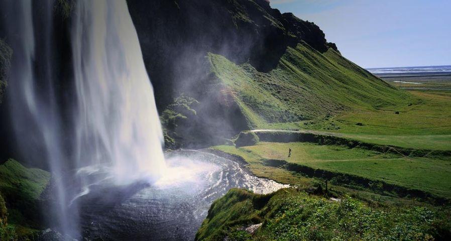 「セリャラントスフォス滝」アイスランド南部
