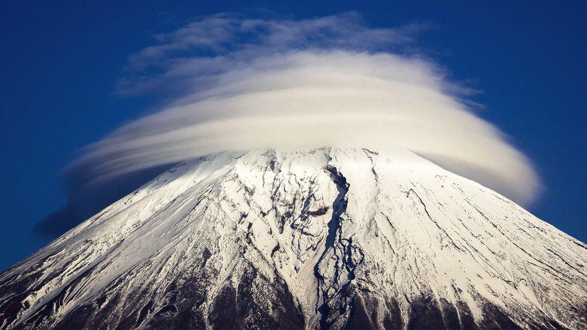 「富士の笠雲」