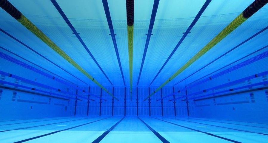 「オリンピック・スイミングプール」イギリス, ロンドン, アクアティクス・センター