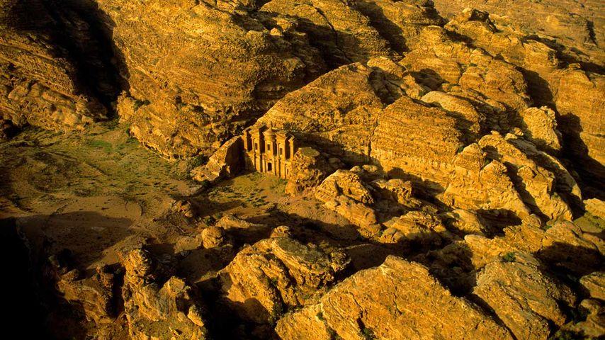 「ペトラ遺跡」ヨルダン