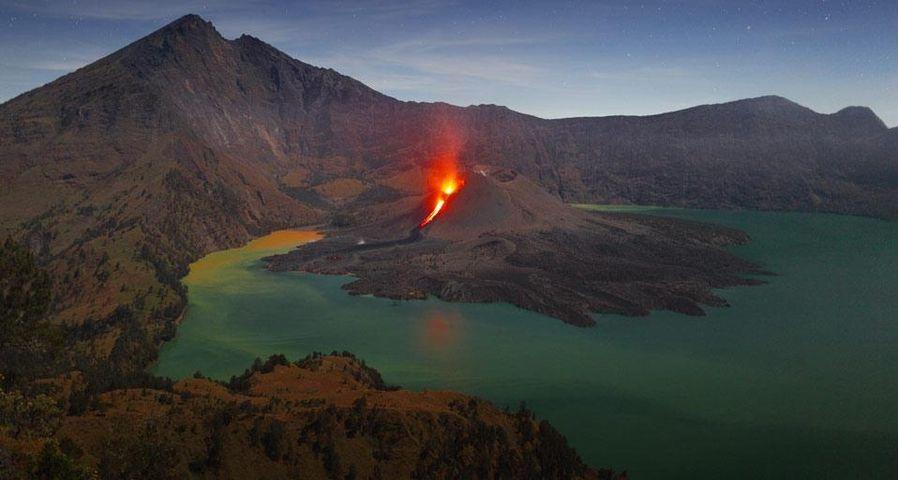 「リンジャニ山」インドネシア, ロンボク