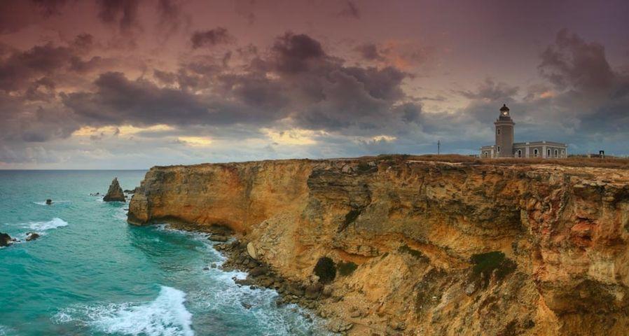 「カボロホの灯台」プエルトリコ