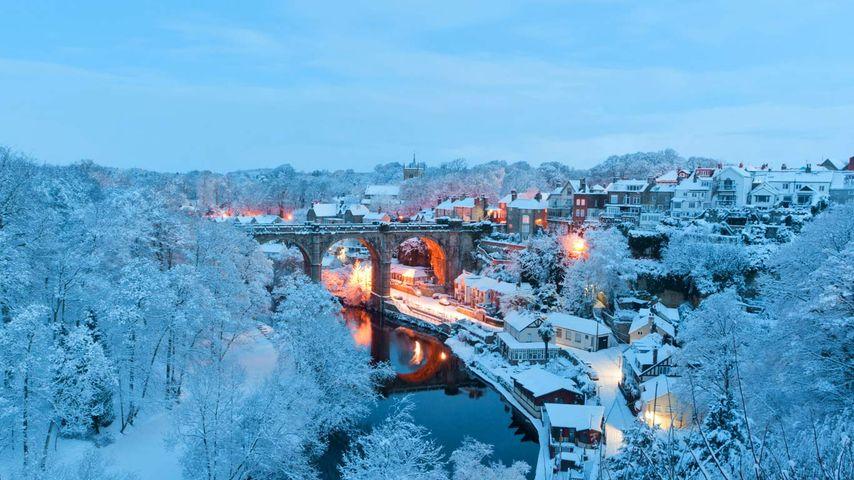 「雪のナレスボロ」イギリス, ノース・ヨークシャー