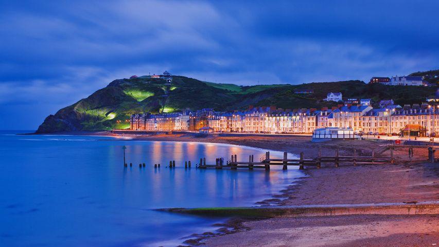 「アベリストウィスの海岸」イギリス, ウェールズ