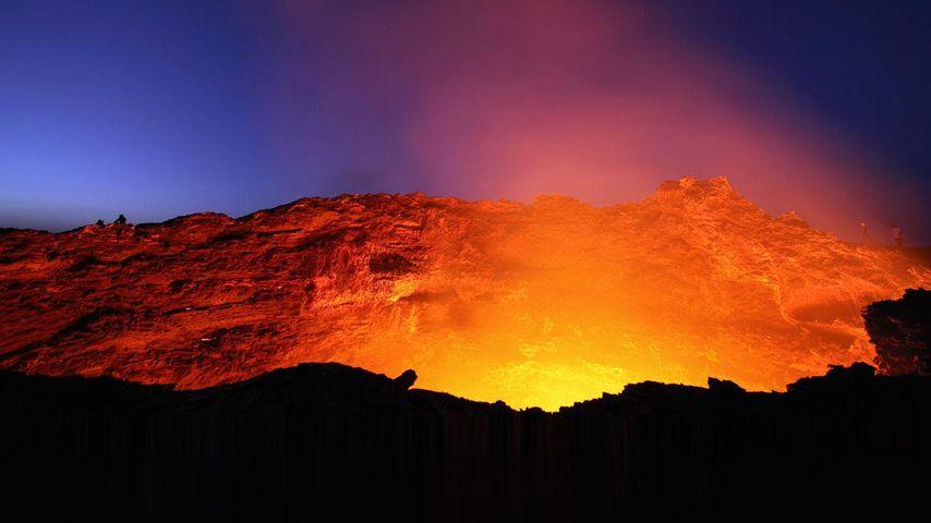 「エルタ・アレの溶岩湖」エチオピア