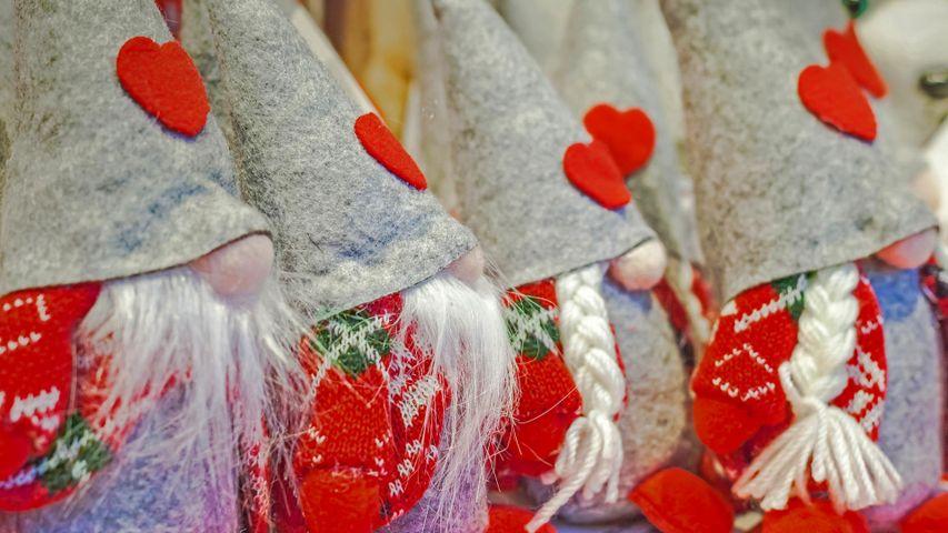 「クリスマス・マーケットのノームたち」イタリア, ペルジーネ・ヴァルスガーナ