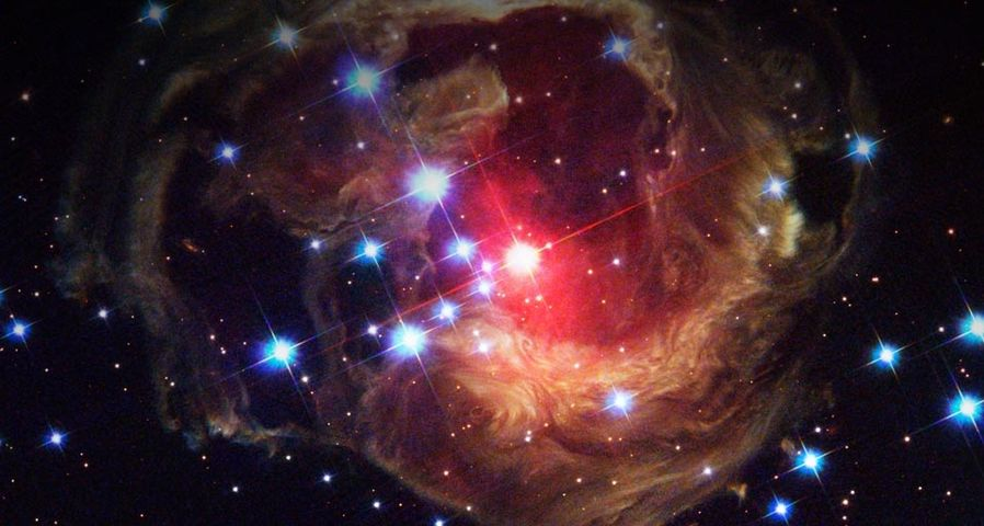 「いっかくじゅう座の特異変光星V838」ハッブル宇宙望遠鏡