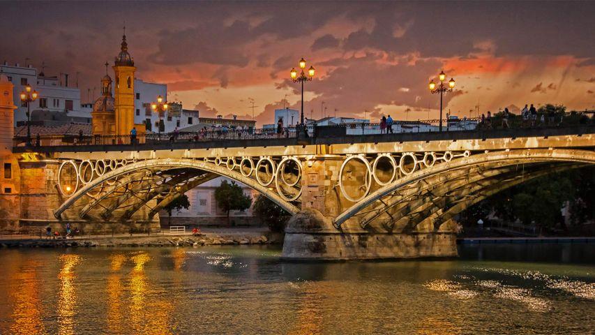 「グアダルキビール川とトリアナ橋」スペイン, セビリア