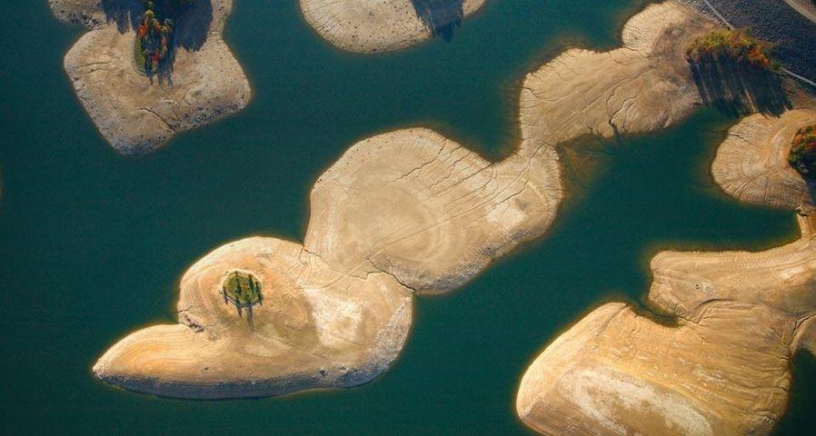「サマーズヴィル湖」アメリカ, ウェストバージニア州