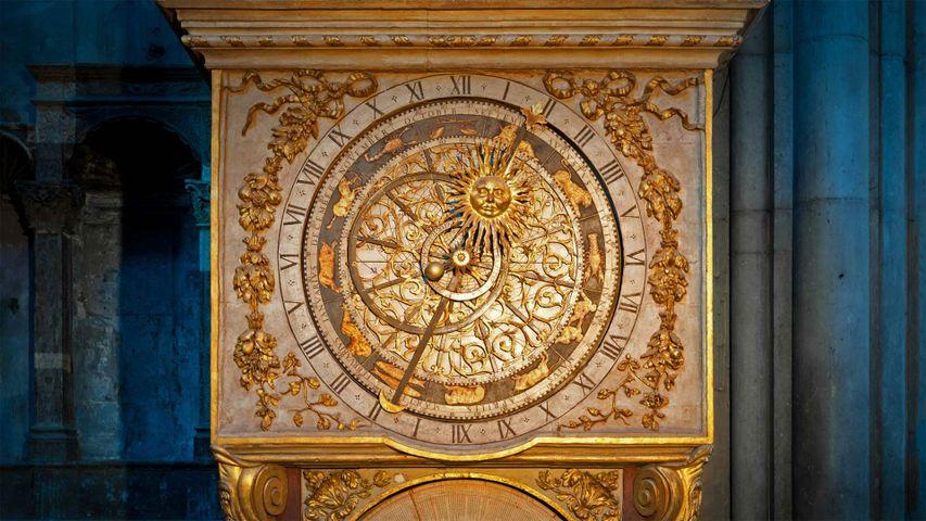 「サン・ジャン大聖堂の天文時計」フランス, リヨン