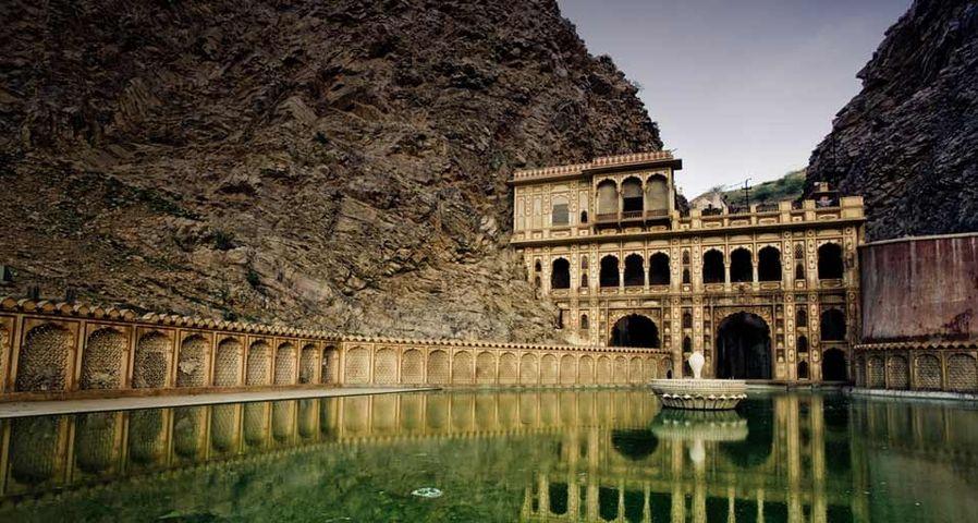 「ガルタの沐浴場」インド, ジャイプル