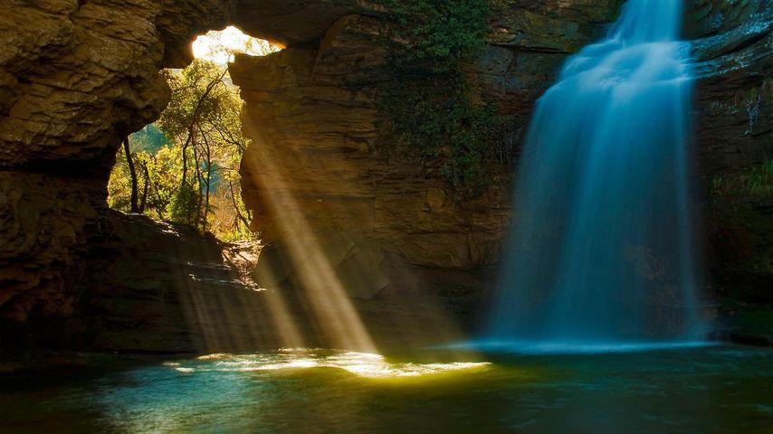 「フォラダダの滝」スペイン, カタルーニャ州