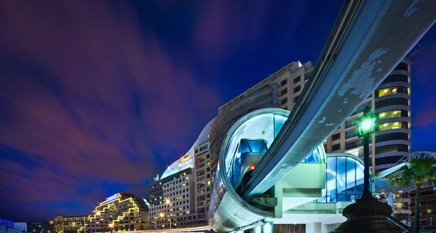 「ダーリングハーバーのモノレール」オーストラリア, シドニー