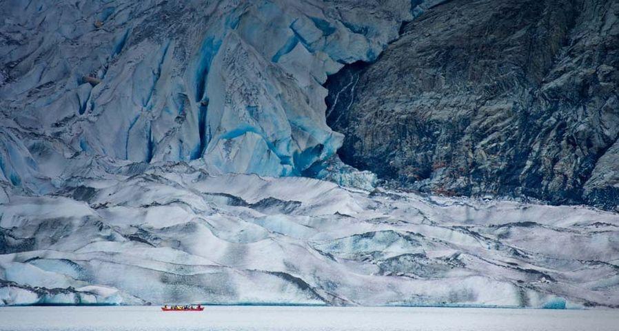「メンデンホール氷河」アメリカ, アラスカ州, ジュノー