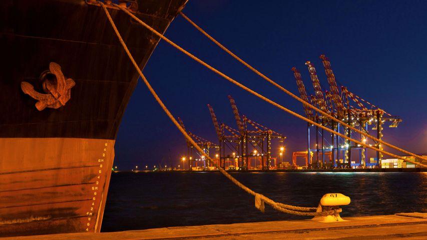 「ケープタウン港」南アフリカ, ケープタウン
