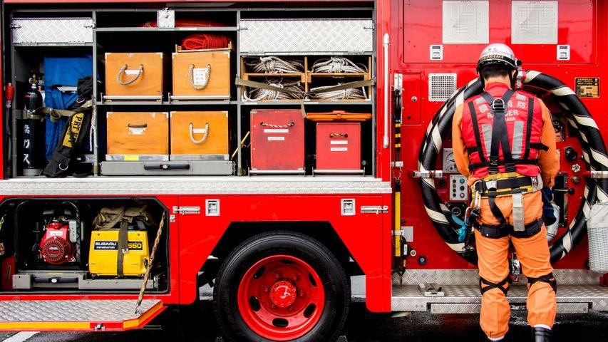 「出初式の消防車」神奈川