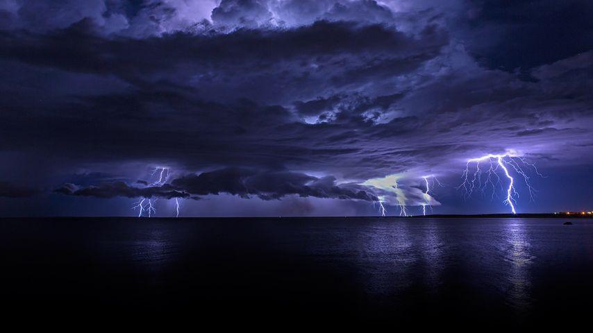 「ポートヘッドランドの稲妻」オーストラリア, 西オーストラリア州