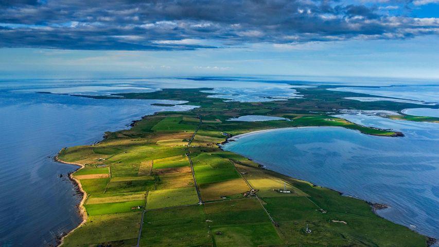 「北海に浮かぶサンデー島」イギリス, スコットランド