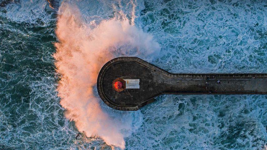 「ポルトのフェルゲイラス灯台」ポルトガル