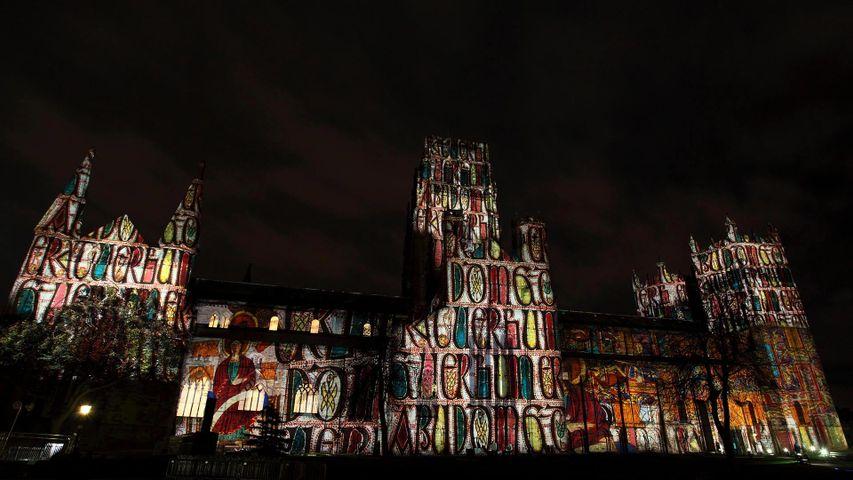 「ダラム大聖堂のプロジェクション・マッピング」イギリス, ダラム州