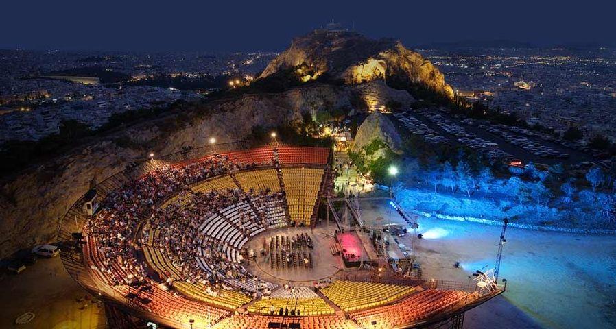 「リカヴィトスの丘の劇場」ギリシャ, アテネ