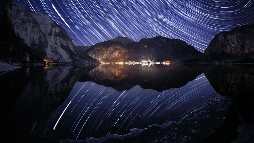 「ハルシュタット湖と星空」オーストリア, オーバーエスターライヒ州