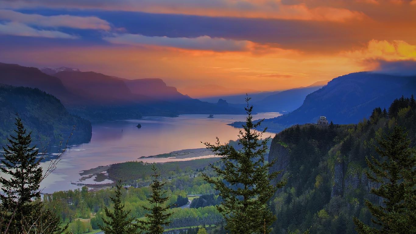 都市森林_「コロンビア川渓谷」アメリカ, オレゴン州 | Bingの画像