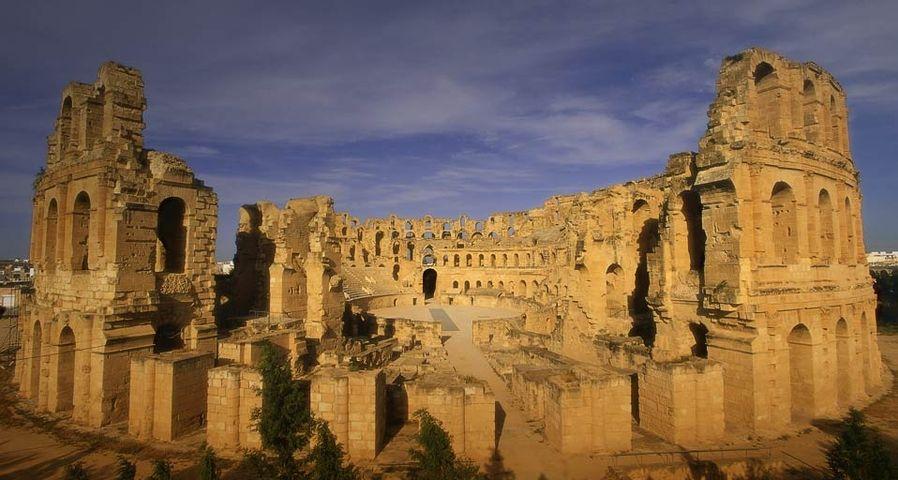 「エル・ジェムの円形劇場」チュニジア共和国
