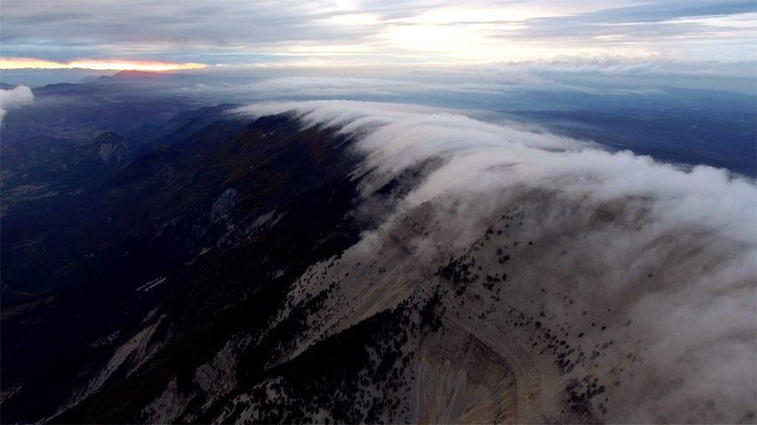 「モン・ヴァントゥの雲」フランス