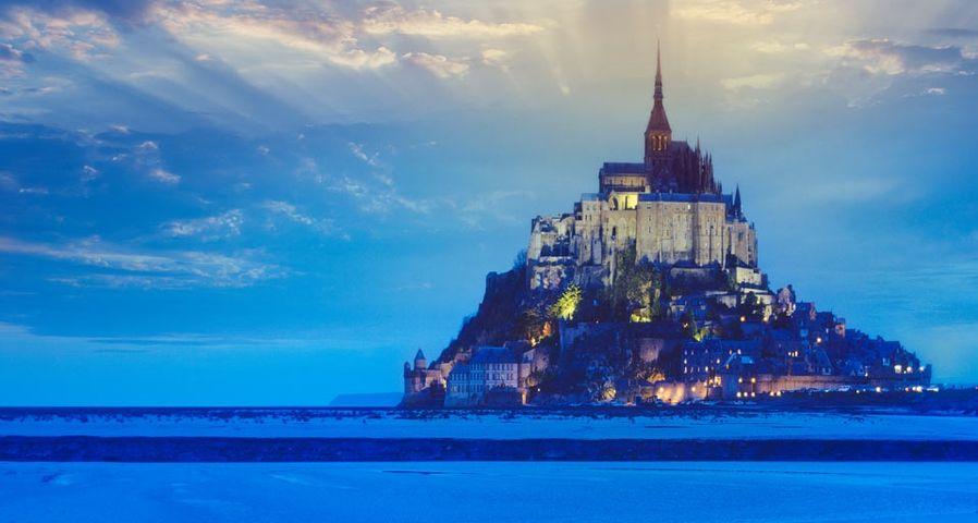 「夕暮れのモン・サン=ミシェル」フランス, ノルマンディ