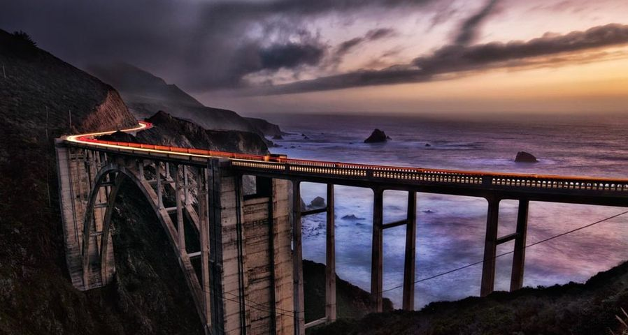 「ビクスビー・ブリッジ」アメリカ, カリフォルニア州