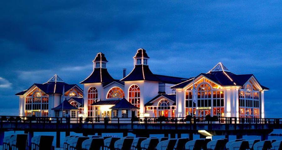 「ゼリンのゼー桟橋」ドイツ,リューゲン島