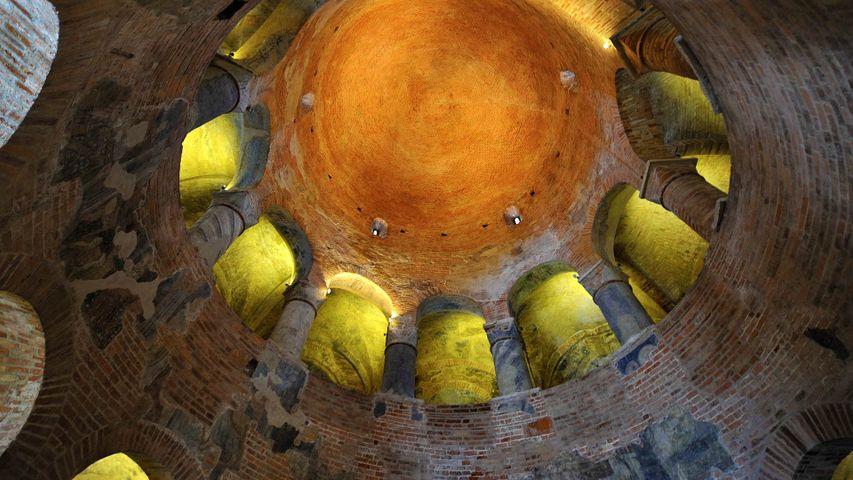 「サン・ロレンツォ円形聖堂」イタリア, マントヴァ