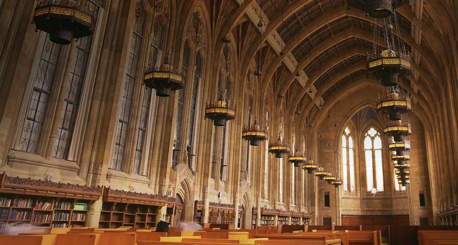 「ワシントン大学中央図書館」アメリカ, ワシントン州, シアトル