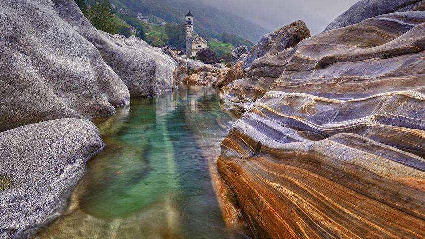 「ヴェルザスカ川」スイス, ティチーノ州