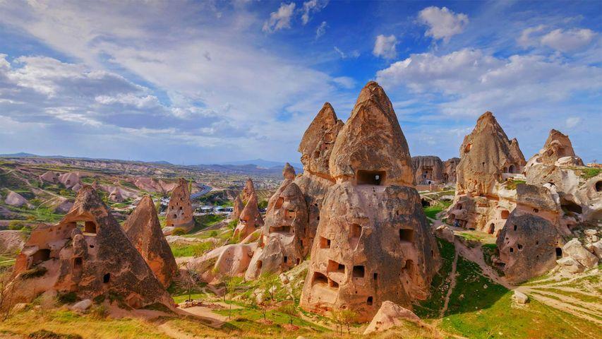 「カッパドキアの岩窟群」トルコ, ギョレメ国立公園