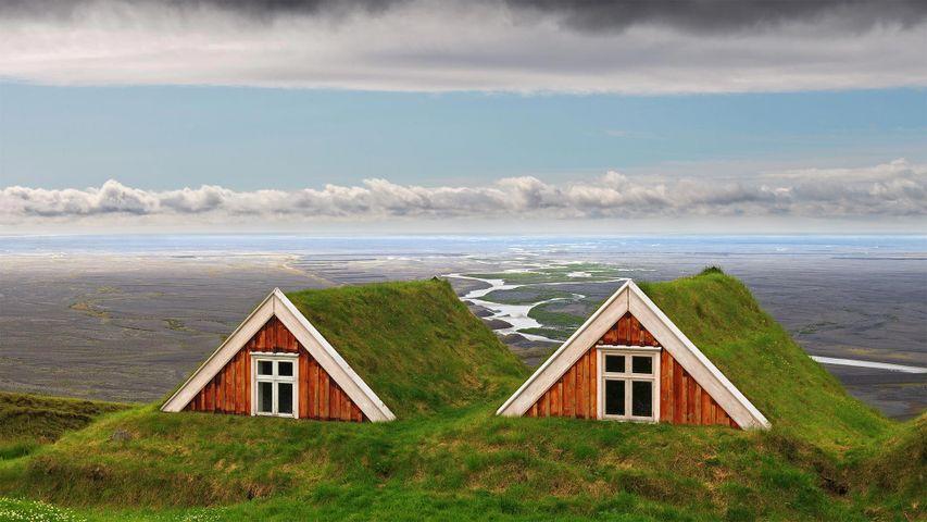 「スカフタフェルの古い農家」アイスランド, ヴァトナヨークトル国立公園