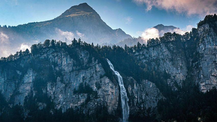 「ライヘンバッハの滝」スイス, ベルナー・オーバーラント
