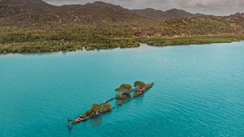「マグネティック島近くの難破船」オーストラリア, クイーンズランド